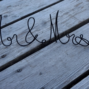 mr mrs wire sign for table