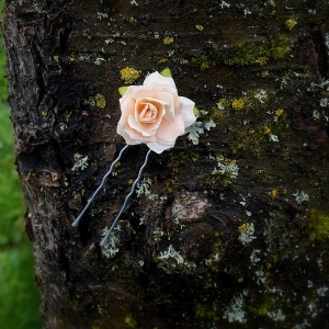 peach flower hair pin