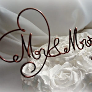 Cake Topper, Mr & Mrs Wire Cake Topper, Customized Metal Caketopper