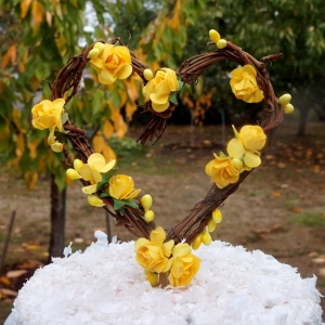 yellow rose cake topper