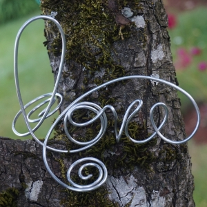 Rustic Wedding Decor, Sweetheart Table Love Sign