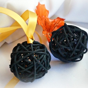 Rustic Halloween Fall Home Decor, Black Vine Balls With Or Without Ribbon, 2pcs