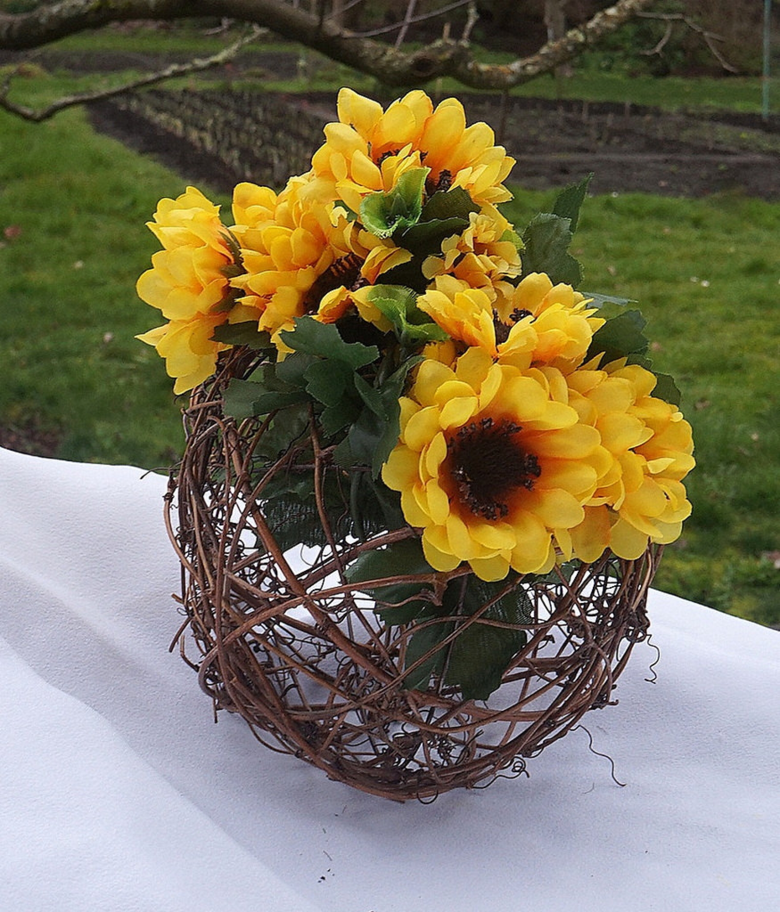 Rustic Sunflower Centerpiece Yellow Green Decor Fall Table Decorations 16 Inch Circumfrence